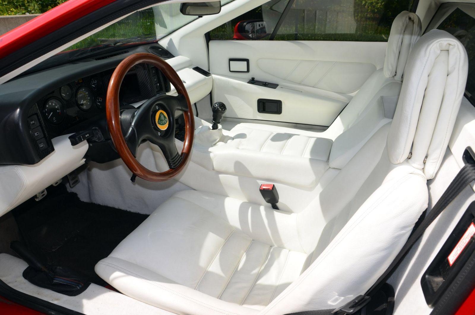 Esprit Turbo SE 91 - Interior