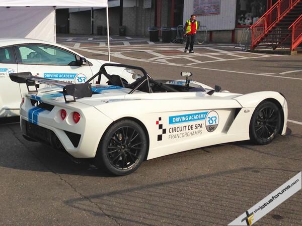 TLF Supertest Round 4 – Komo-tec Exige S and Lotus 211