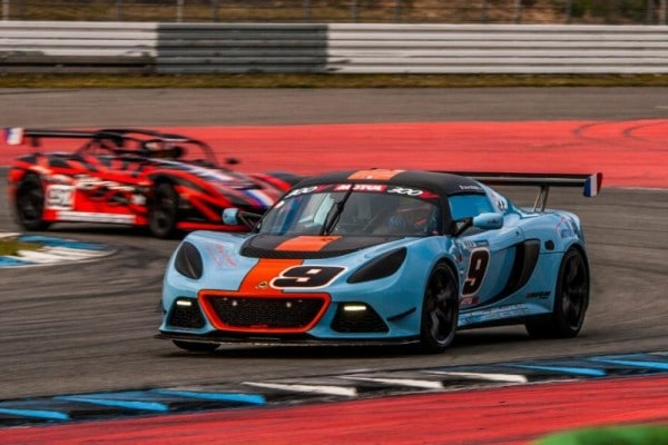 French contenders win first rounds of Lotus Cup Europe